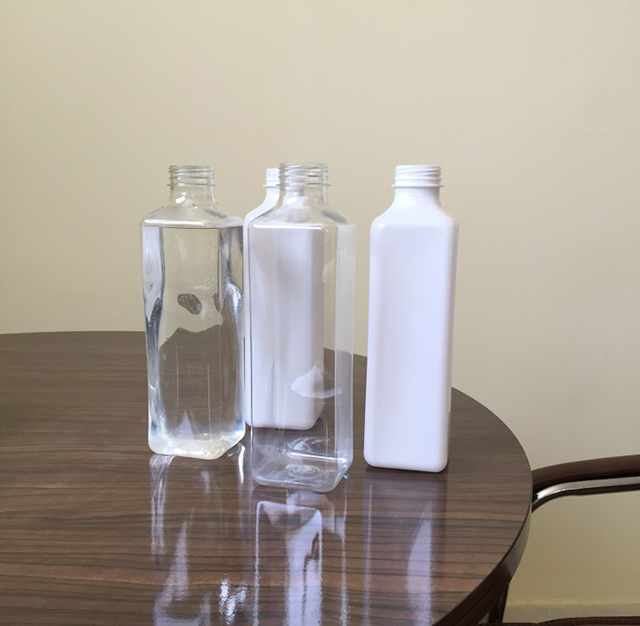 Botellas cuadradas verticales automáticas Detalles de la máquina de etiquetado de cuatro lados 2